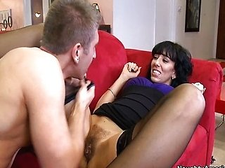 Alia Janine saggy tits mom