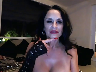Weird horny granny toying on webcam