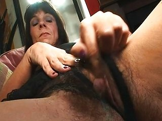 Fuckmyhairypussy Electra Lamore loves