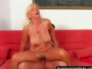 Mouth fucked blonde grandma acting real slutty