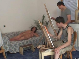Granny pleases two young painters as he hospitality